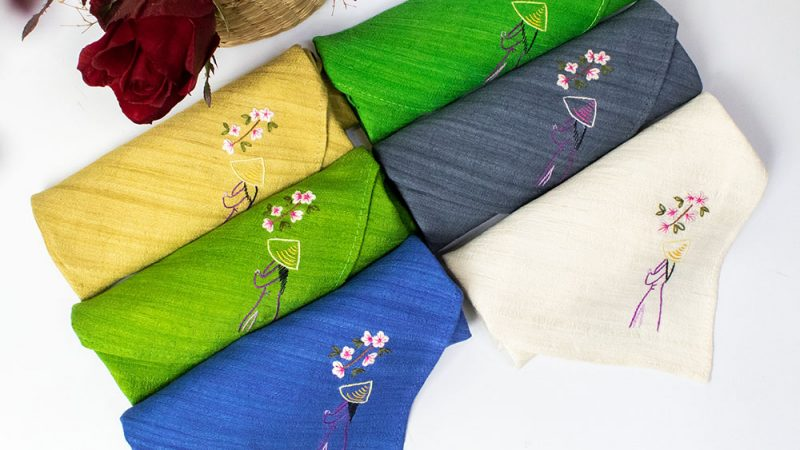 Top 10 địa chỉ mua khăn lụa tơ tằm chất lượng cao, giá rẻ
